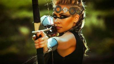 женщина стрелец