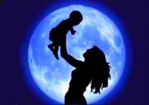 девушка и ребенок